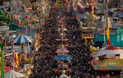 В Мюнхене начался пивной фестиваль Октоберфест
