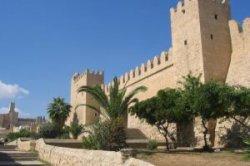 Отели Туниса закрываются из-за падения турпотока