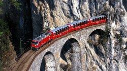 Расписание швейцарских поездов меняется: кто не успел — тот опоздал