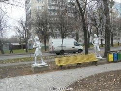 В центре Бобруйска ведутся работы по созданию уголка советской скульптуры