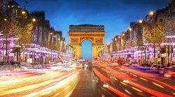 Белорусские туристы не отказываются от поездок во Францию