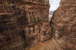 Google и королева Иордании презентовали виртуальную экскурсию по древнему городу Петра