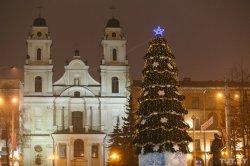 Концерты, ярмарки и 3D Дед Мороз. Как столица будет отмечать Новый год