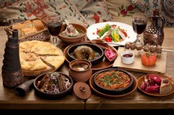 Тбилисский калейдоскоп: очарование грузинской кухни