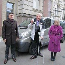 Общество инвалидов Гродненщины получило автомобиль, который будет использоваться и для туризма