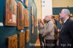 Утраченные иконы восстановили и показывают в Новом замке в Гродно
