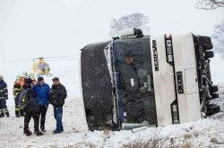 Врачи не смогли спасти ребенка, который пострадал при аварии туристского автобуса в Чехии