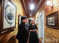 В доме-музее Ваньковичей открылась выставка литографий из «Виленского альбома»