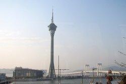 В Дубае построят башню для экстремалов