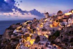 Санторини ограничивает туристам доступ на остров