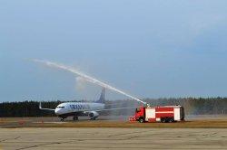 В аэропорту Паланги приземлился первый самолет авиакомпании Ryanair