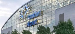 В аэропорту Франкфурта появились столы с розетками для ноутбуков и русскоязычные табло