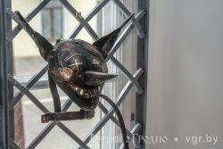 В Гродненском музее истории религии показывают средневековые орудия пыток
