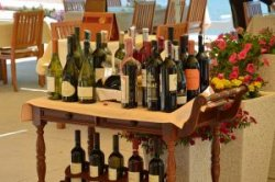 На одном из самых популярных курортов Черногории, Херцег-Нови, пройдет Международный салон вина