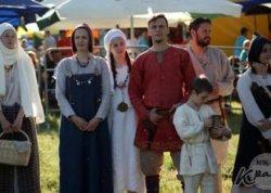 «Живая археология» и шествие на ходулях: 28 мая в Браславе пройдет средневековый праздник «Меч Брачыслава»