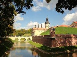 На летний период Несвижский замок меняет время работы