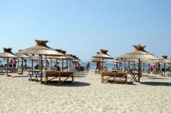Шезлонг на Солнечном Берегу обойдется в 10 евро