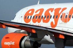 Авиакомпания easyJet не возьмет на борт опаздывающих пассажиров