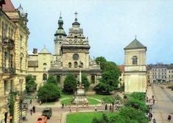 Львов: город для романтиков, любителей старины, шоколада, кофе и пива