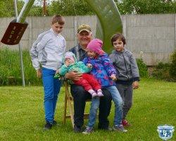 Брестский пенсионер на личные сбережения создал герб Бреста