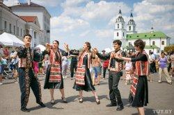 От украинцев до грузин. В августе в Верхнем городе пройдет четыре праздника национальных культур