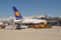 Исландская авиакомпания предложила бронировать билеты через мессенджер в фейсбуке