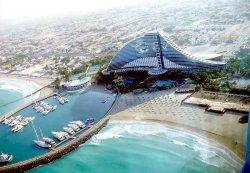 Осень в Эмиратах: что посмотреть и на чем сэкономить?