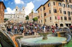 В Риме открыли после реставрации знаменитую Испанскую лестницу