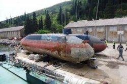 В центре Херцег-Нови выставят югославскую подводную лодку
