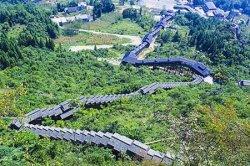 В китайском каньоне появился самый длинный в мире эскалатор