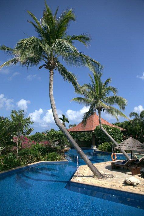 Бассейн-лагуна Sanya Marriott Resort & Spa Hotel