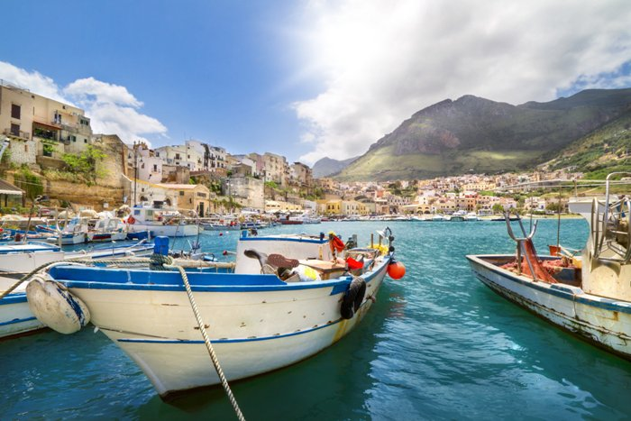 лодка и море, Сицилия