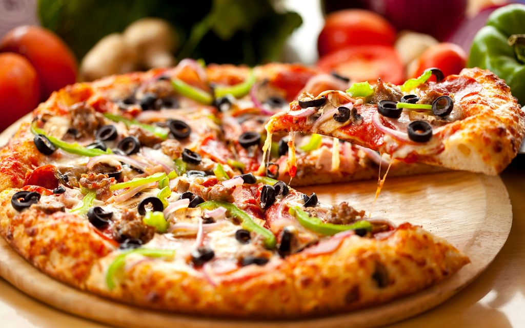Fast_food_Pizza_499725_2880x1800.jpg