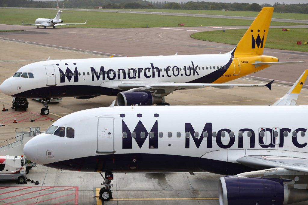 ct-monarch-airlines-fails-20171002.jpg