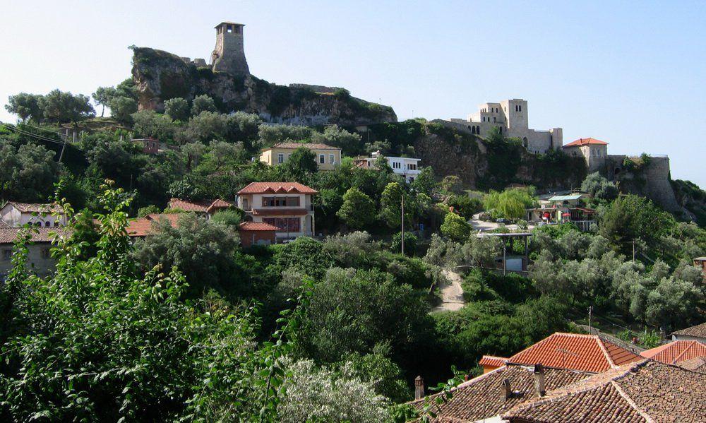 Castle_Krija_Albania_2004-07-08-00.jpg