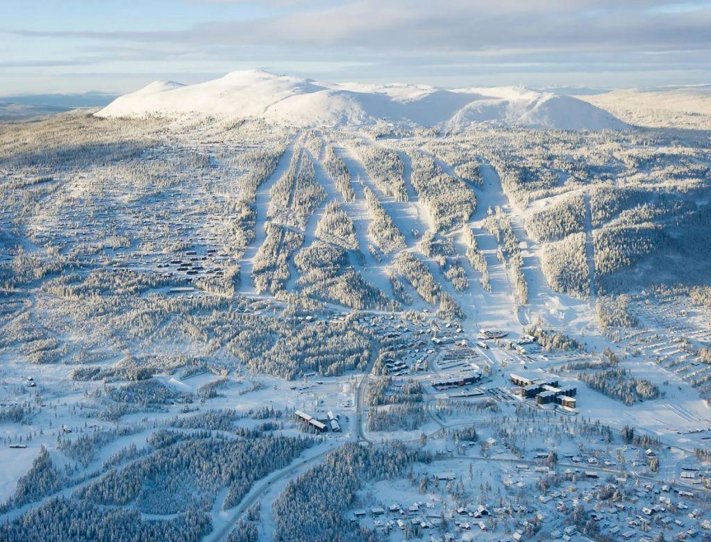 Лучшие-горнолыжные-курорты-Европы-Оре-8.jpg